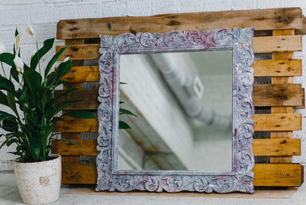 Зеркало из мрамора №24