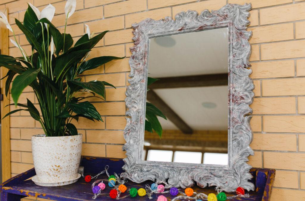 Зеркало из мрамора №28